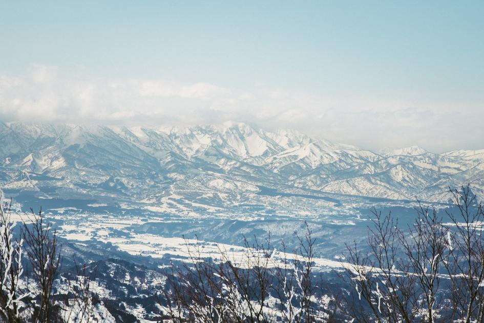 連なる雪山